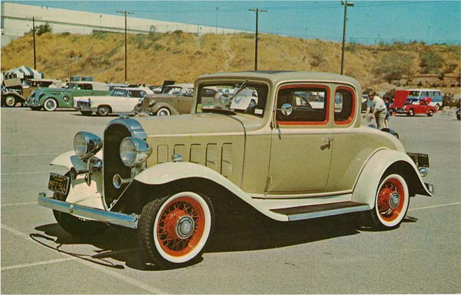 1932 Buick Coupe Classic Car Postcard