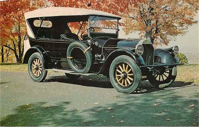 1918 Pierce Arrow Classic Car Postcard
