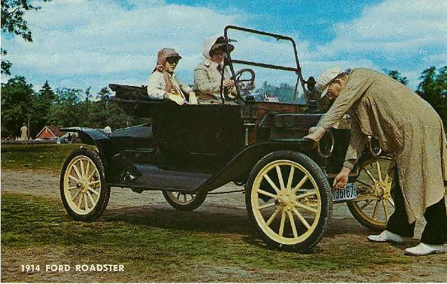 1914 Ford Roadster Classic Car Postcard