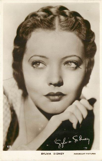 Sylvia Sidney Paramount Pictures Card No.62 Postcard