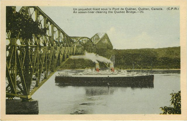 An Ocean Liner clearing the Quebec Bridge - Click Image to Close