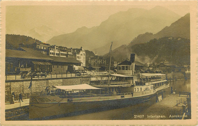 21407 Interlaken. Aarekauak - Steamer Boat Ported