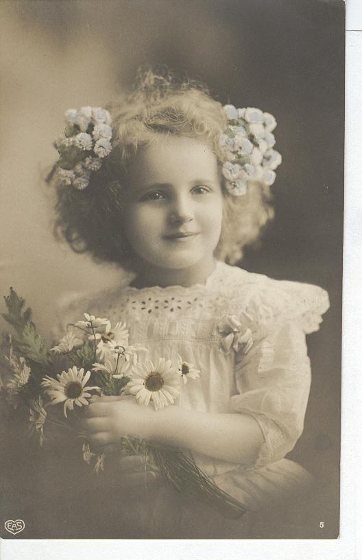 Glamour Child With Boquet of Daisy's