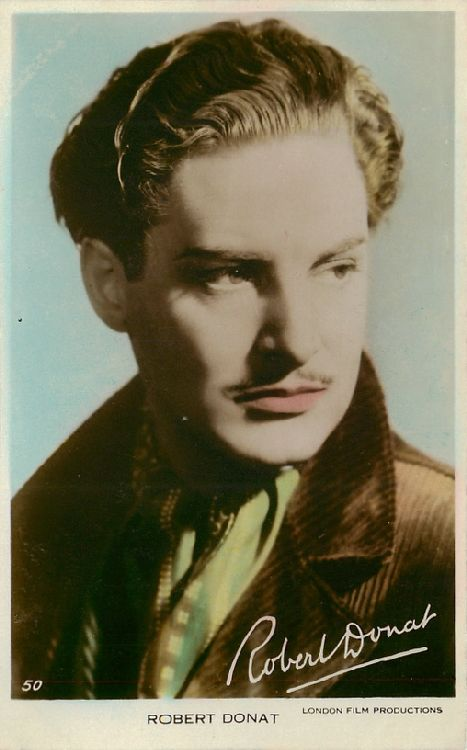 Robert Donat - No. 50 Postcard