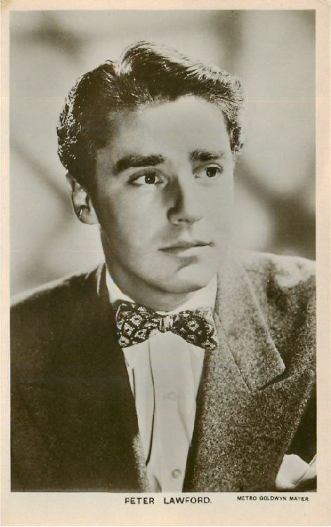 Peter Lawford - No. W 225 Postcard