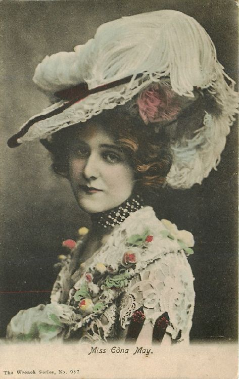 Miss Edna May - No. 987 Postcard