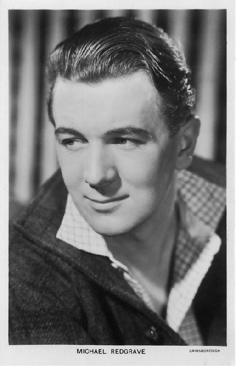 Michael Redgrave - No. 1217 Postcard