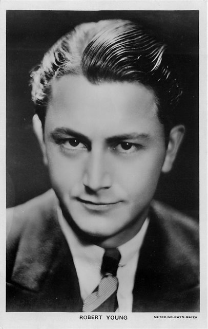 Robert Young Cinema Actor Postcard No.679a Postcard
