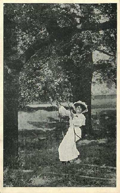"Miss Ellaline Terriss in ""The Catch of the Season"" Postcard"