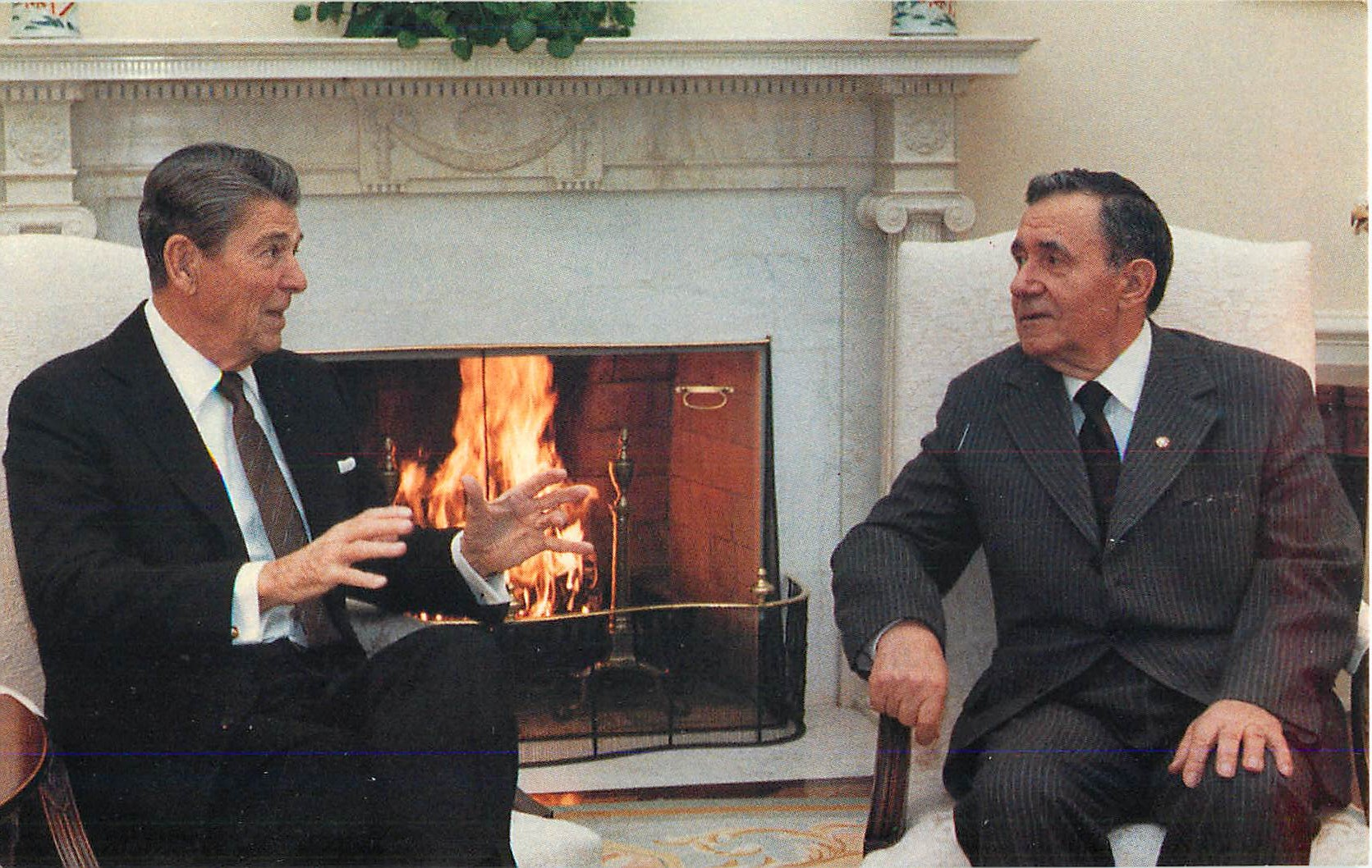 """Ronald Reagan and Soviet Foreign Minister Andrei Gromyko"""