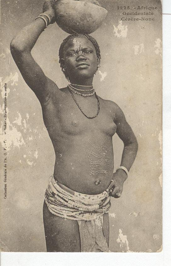 Nude-Afrique Occidentale Geveve-None..Woman w/bowl on Head
